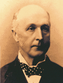 Dr Frederick Norton Manning